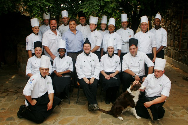 olive-chef-school-group-photo-2010