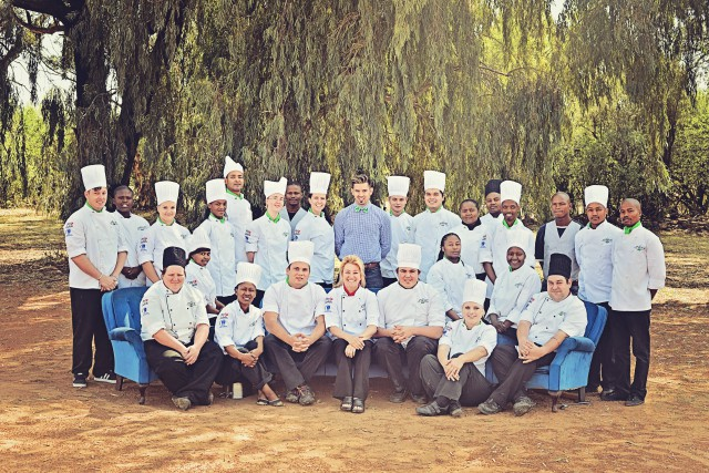 olive-chef-school-group-photo-2014